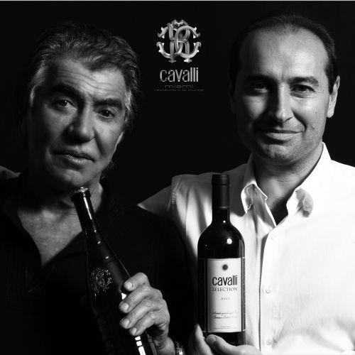 files/images/winemakers/italy/tenuta-degli-dei/Roberto_and_Tommaso_Cavalli_SQ.jpg