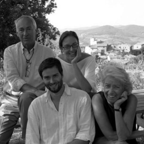 files/images/winemakers/italy/volpaia/Family_Stianti_SQ.jpg